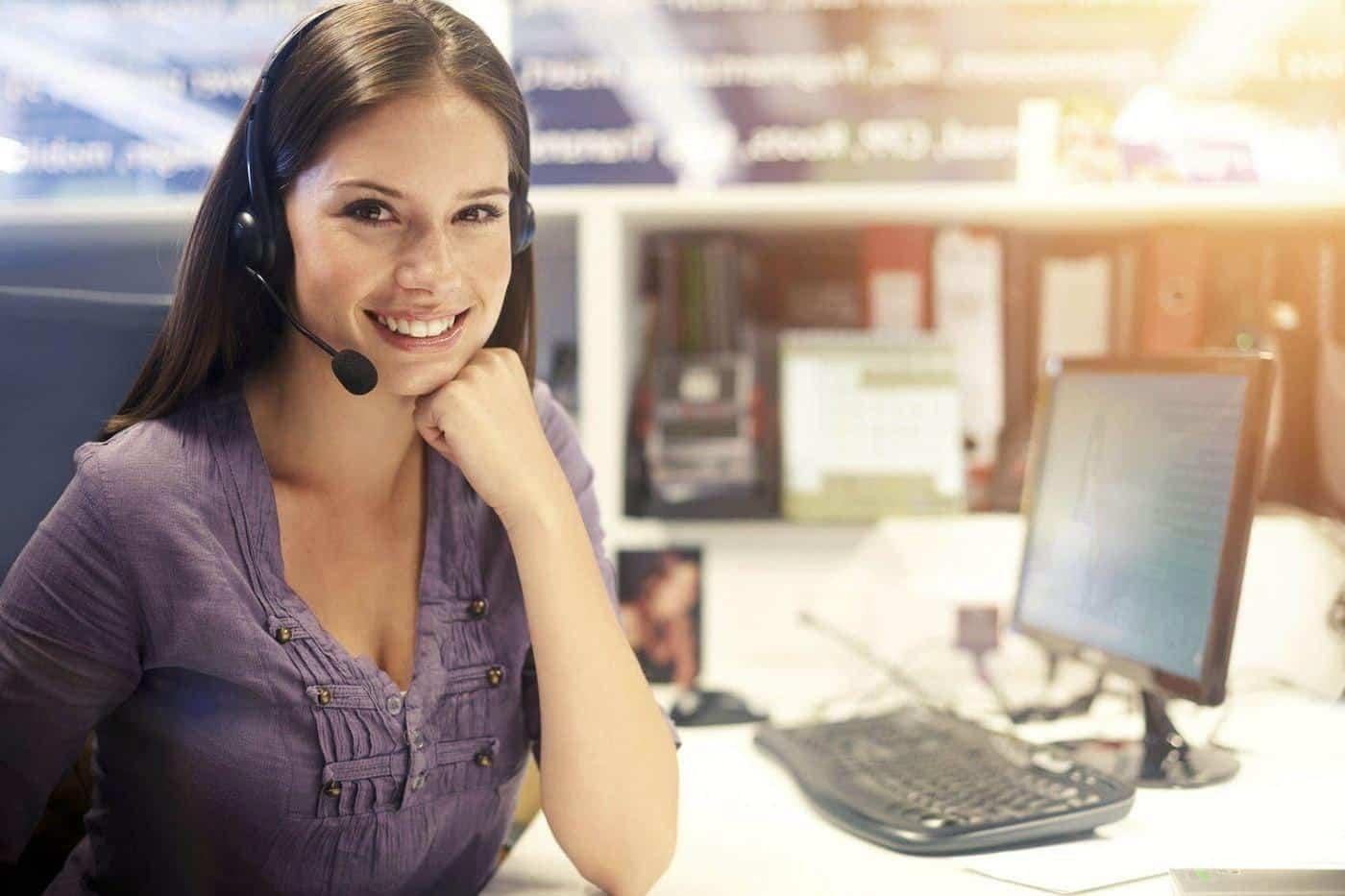 virtual receptionist answering