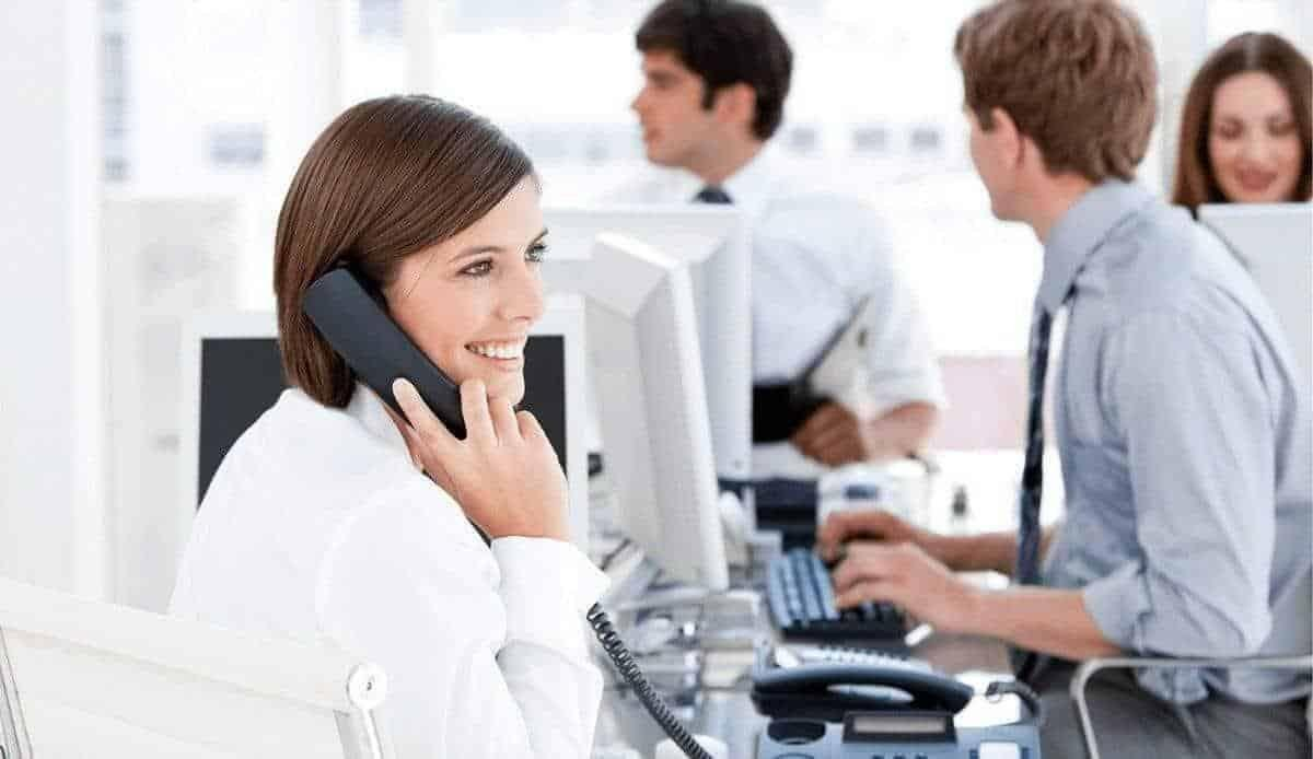 24/7 Customer Service Help Desk